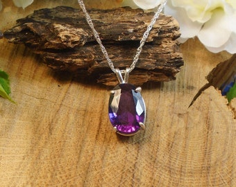 Certified Purple Sapphire Color Changing Necklace, June Birthstone, Sterling Silver, 7.80 Cts Facet 12.82 x 9.84 mm Natural Sapphire