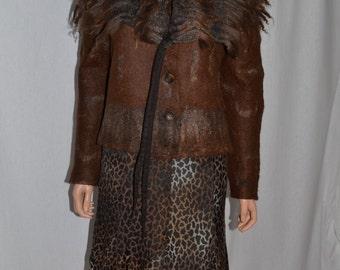 Beautiful jacket    in wool and silk felt  and fleece