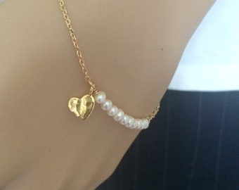 Tiny Freshwater pearl bracelet with 24K Gold fill hammered heart small pearl bracelet seed pearl bracelet white pearl bridal jewelry wedding