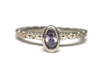 Purple Crystal Flower Ring Size 7.25 90s Sterling