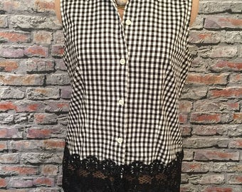 Cotton Black And White Gingham Blouse With Vintage Black Lace Hem   Size 12