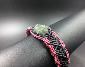 Macrame bracelet labradorite