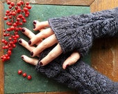 Fingerless gloves in grey kuxury wool, knit fingerless gloves with lace, Herb Garden Mitts in Charcoal Heather, winter accessories