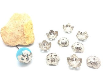 50 caps cups delicate flowers silver gray 14x5mm
