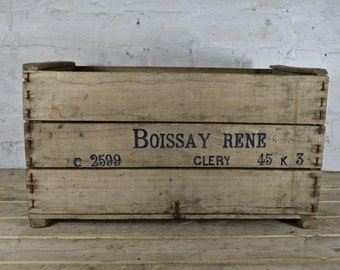 French storage crate