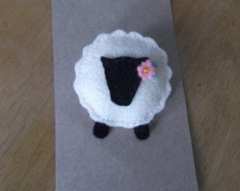 Felt sheep brooch in cream