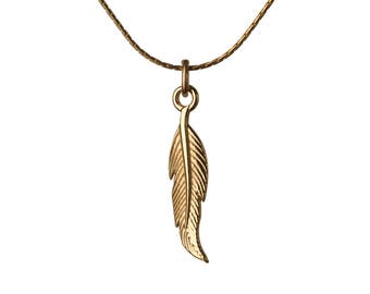Dainty Feather Necklace 14K Gold Filled Pendant Necklace Simple Jewellery Layering Necklace Jewellery Handmade Free UK delivery GP21