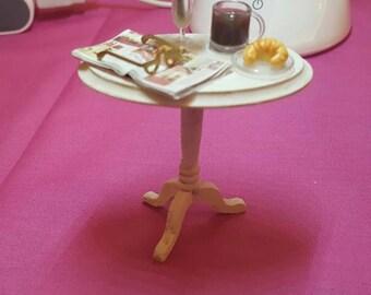 Dollhouse miniature ladies table miniatures
