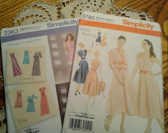 Set of Two Simplicity Patterns 1950's Retro Size 6-14 FF