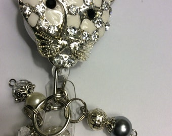 Silver tone, white and rhinestones Big Lynx Cat retractable badge holder