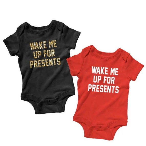 Wake Me Up For Presents Baby Onesie, Christmas Onesie, Funny Baby Onesies, Infant Onesie, Bodysuit, Baby Gift Baby Boy Baby Girl, Christmas