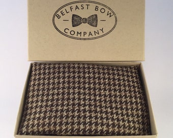 Handmade Pocket Square in Classic Houndstooth