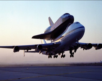 16x24 Poster; Nasa 747 Shuttle Carrier With Space Shuttle Endeavour