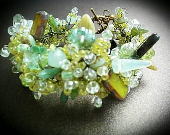Green beaded bracelet big green Czech glass beads jewelry seed bead bracelet gift for Mom  light green big bracelet  unique bracelet green