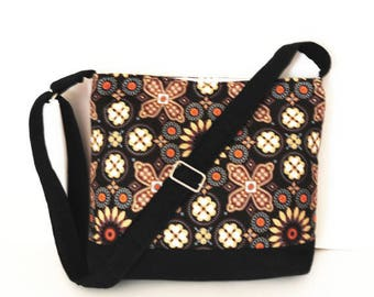 Zippered Concealed Carry Crossbody Bag Purse