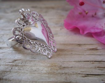 Sacred Heart Ring silver fusion with an adjustable base, heart votive offerings