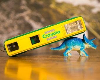 Colorful Crayola 110 Flash Camera - Parts or Repair #O84