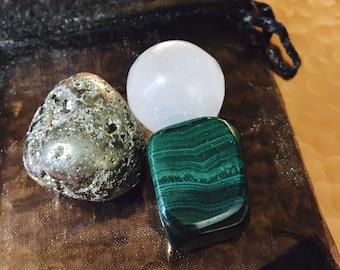 Malachite + Pyrite + Selenite