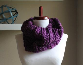 Vicki Chunky Crochet Cowl in Purple