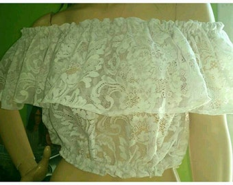 Peasant Lace Top Cropped Gypsy Style Bohemian Rockabilly Style Sustainable Clothing