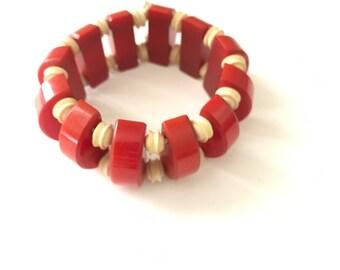 Vintage Bakelite and Plastic Stretch Bracelet