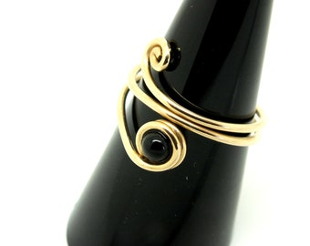 Wrap Wire Ring, Gold Wire Ring, Spiral Ring, Wrap Ring and Onyx, Stacking Ring Gold, Wire Jewelry, Wire Handmade Ring, Beaded Wire Ring