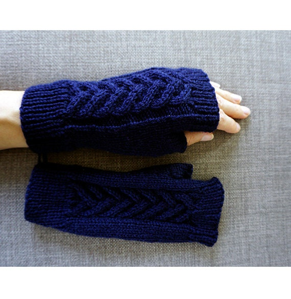 Fingerless gloves, navy chunky knit, Open Mitts, Knitted hand warmers, Open Gloves, Texting Mittens, Woolen fingerless gloves