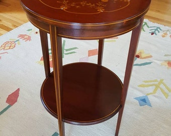 R.J Horner Federal Pembroke  Side Table