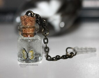 Butterfly Bottle Pendant - Phone dust plug charm, CUTE TINY BOTTLE, bottle charm, glass vial, vial charm, glass bottle, dust plug, charm