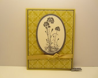 Oval Flowers With Knotted Ribbon Blank Card