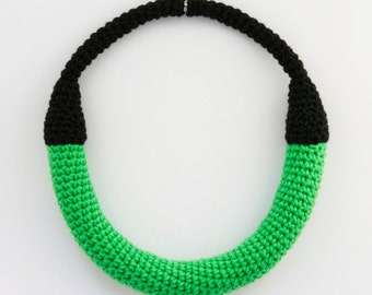 Crochet green necklace, Groovy jewellery, Statement jewelry, Yarn necklace,