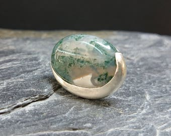 Silver and MOSS agate ring