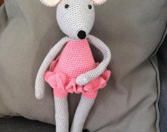 Mouse ballerina crochet