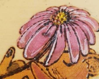 Field Mouse Gerbera Daisy - by Yarrish Arts