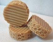 Honey Salt Shampoo Bars, Honeycomb style, Kentish rain/Honey scent, Green tea ext, Natural shampoo, natural hair care