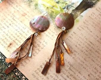 Vintage Boho Gold Lip Shell Leather Long Beach Earrings // Mother of Pearl Earrings // Hippie Earrings // Tahiti Shell Earrings