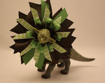 Star Wars : Yoda Brown and Green Hair Bow