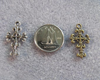 Fleur-De-Lis Victorian Style Cross Charms In Bronze Tone And Silver Tone