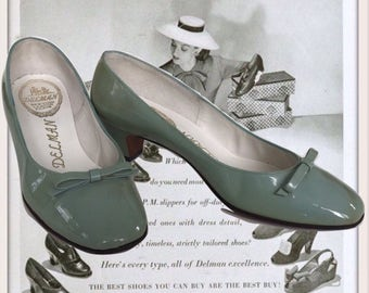 1960's Delman Womens Leather Pumps Light Blue Patent Leather High Heel Shoes 6M Low Heel Leather Soles Designer Shoes
