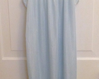 Vintage '80s Dreamy Nightgown