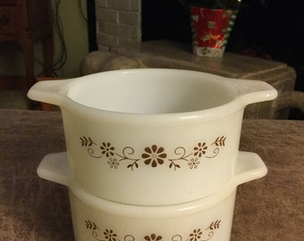 Dynaware Pyr-O-Rey | Individual Oven-Safe Casserole Dishes | Milk Glass | Brown Betty Flower Design | Set of Two