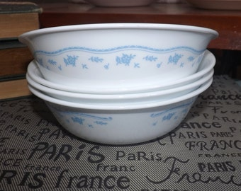 Vintage (c.1970s) Corelle | Corningware | Corning USA Morning Blue cereal, soup, or salad bowl. Small blue flower garland, blue lines, dots