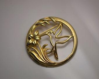 Darling Vintage Gold Tone Circular Hummingbird Floral Brooch by UltraCraft