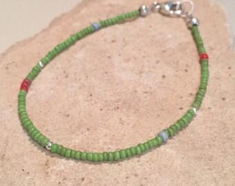 Green bracelet, glass seed bead bracelet, sterling silver bracelet, Hill Tribe silver bracelet, sundance style bracelet, boho bracelet