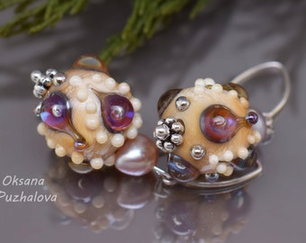 glass bead earrings, Lampwork earrings, small earrings, silver earrings, beaded jewelry, glass beaded earring, lampwork