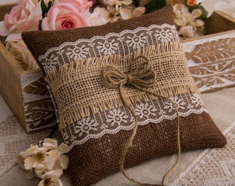 Burlap and Lace Ring Bearer Pillow, Rustic Ring Bearer Pillow, Burlap Ring Bearer Pillow, Wedding Ring Pillow with Lace