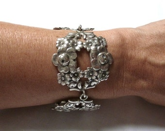 Joseff of Hollywood SILVER FLORAL link panel BRACELET