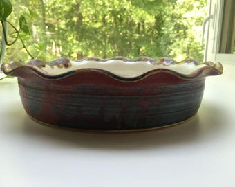 Beautiful Handmade Deep Dish Pie/Casserole Dish