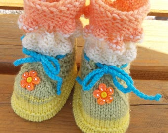 Knitted baby booties,knit baby shoes , winter baby slippers,Knit Baby boots,boy and girl shoes