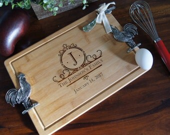 Personalized Cutting Board, Engraved cutting board, housewarming gifts, wedding gift,Cutting board with handle, Christmas gift